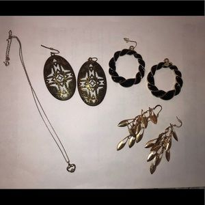 Set of 3 gold & black earrings & claddagh necklace